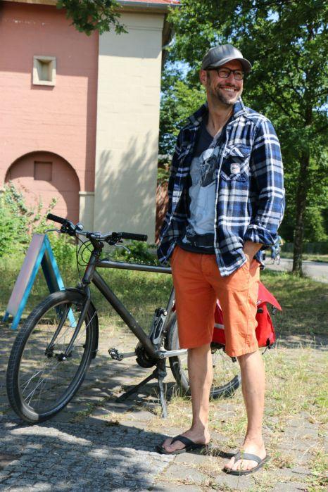 Mr-Ride-Bermuda-Outfit08