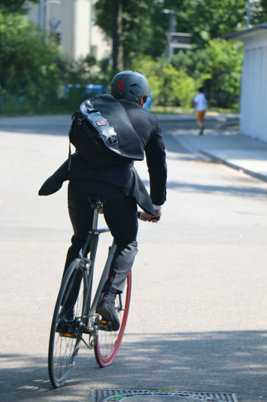 Mr-Ride-Business-Outfit10