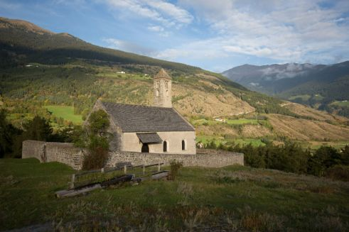 St. Veit am Bichl, Kirche aus dem 11.Jhd